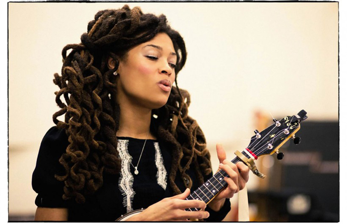 Valerie June tours Smithsonian Folkways with archivist Jeff Place.