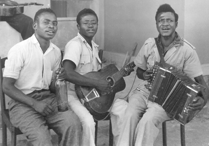 Photo by Hugh Tracey. Courtesy of the International Library of African Music (ILAM).