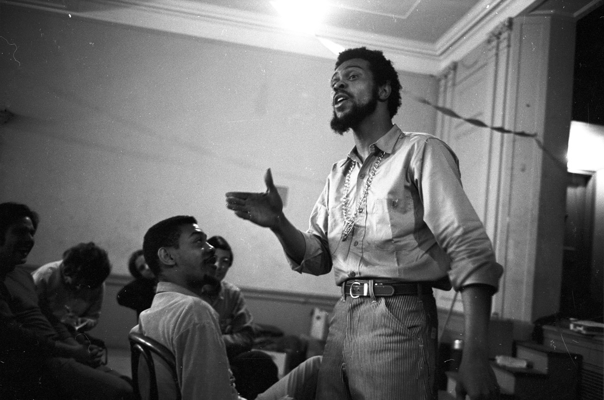 Civil Rights activist Jimmy Collier leads a civil disobedience workshop in New York City, date unknown.