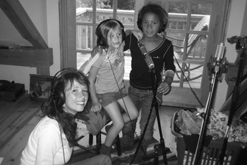 Sarah Lee Guthrie and family.