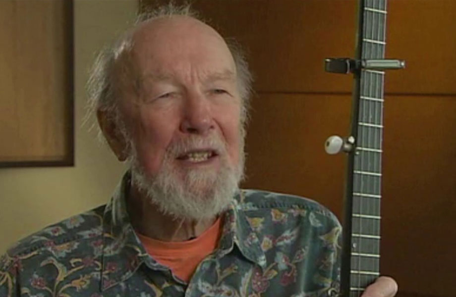 Pete Seeger discusses Smithsonian Folkways Recordings mission and purpose.